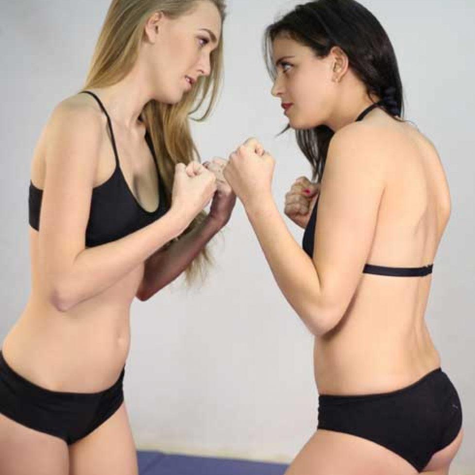 Kat VS Jessica Preview 010